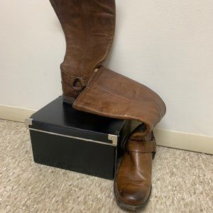 The Frye tall boot Brown US Sz. 8
